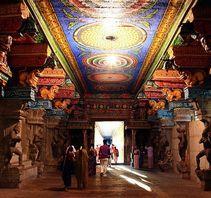 神秘的米纳克希神庙