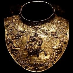 路易XIII装饰盔甲的护