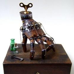 精致的机械木手